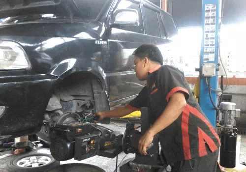 Proses - service-Rem-Mobil-keras