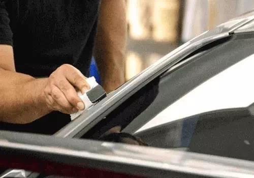 proses detailing nano coating ceramik-kaca-mobil